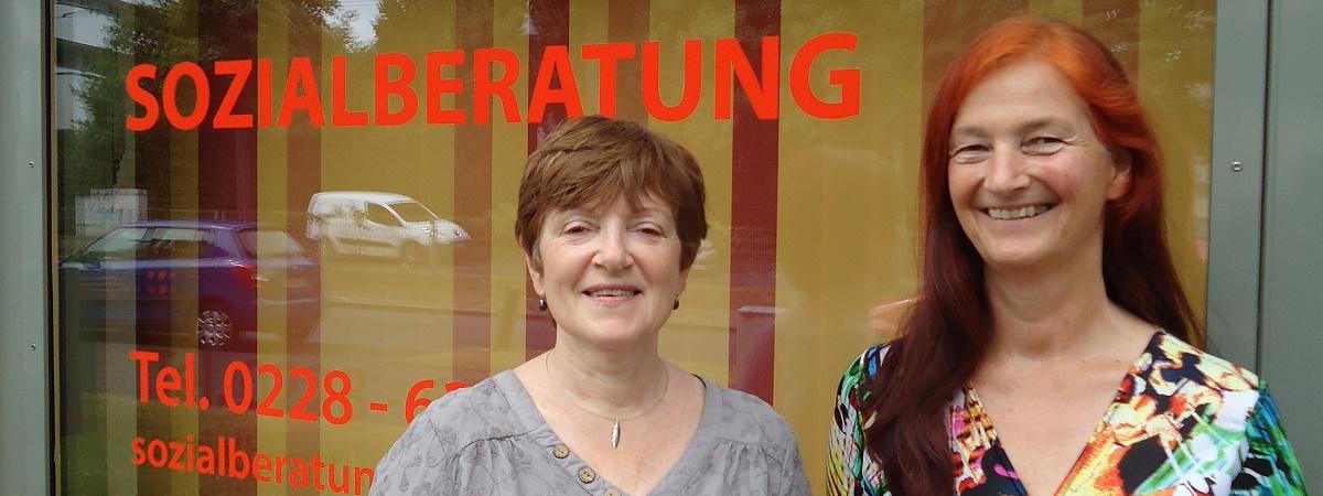 Lukaskirche Bonn, Mitarbeiterinnen der Sozialberatung: Sylvia Schulte-Vennbur und Yvonne Wischniowsky