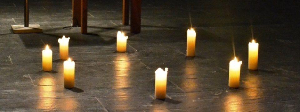 Kerzen in St. Franziskus