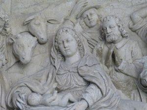 Krippe, Relief im Dom zu Paderborn.
