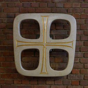 Kreuz der Lukaskirche, Foto im typischen Instagram-Format - quadratisch