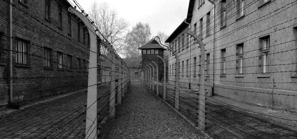 Gasse im ehemaligen Konzentrationslager Auschwitz