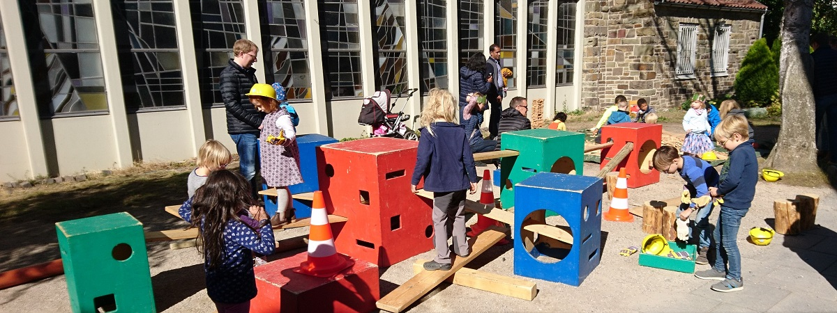 Ev. Lukaskirchengemeinde Bonn, Gemeindefest 2018: Spielende Kinder