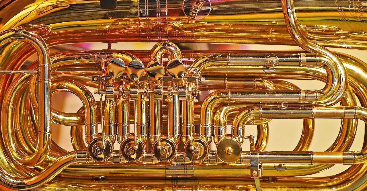Tuba: Ventile und Röhren